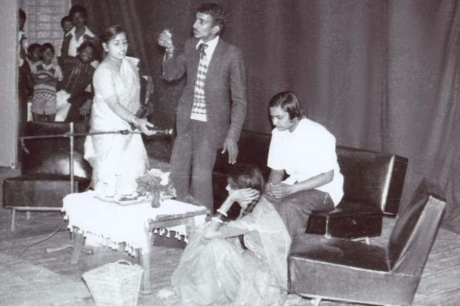 Brahmachari Girish Ji has participated in a stage drama during Law studies at Jabalpur University. Absolute right in both pictures. October 1982