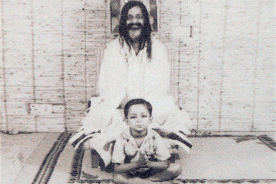 Girish Ji in Rishikesh with Maharishi Ji in his Kutia (hut) In 1965 summer Girish Ji?s has visited Rishikesh with his family and spent about 20 days. Maharishi Ji use to call Girish in every meeting, though he was very young and not able to understand any thing. When people ask Maharishi Ji why Girish Ji is called in meetings, Maharishi Ji said ?I know and he knows. Seed does not know his potential, that it will be a big tree some time?.