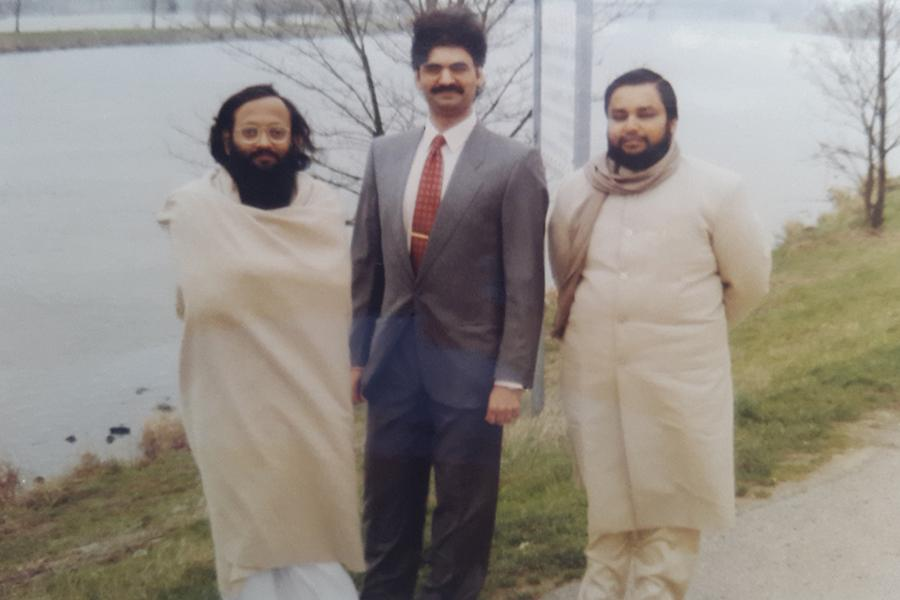 Brahmachari Girish Ji with Brahmachari Girish Momaya and Ved Prakash Sharma at Marina, bank of Mass river, Roermond, Holland, winter 1993