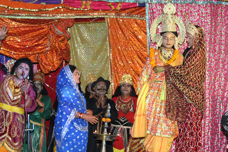 Shri Raam Leela is organised at Maharishi Ved Vigyan Vishwa Vidyapeetham campus, Village Deepdi, Bhojpur Temple Road, Bhopal Dhanush Bhanjan and Shri Raam Jaimala was the topic of the day.