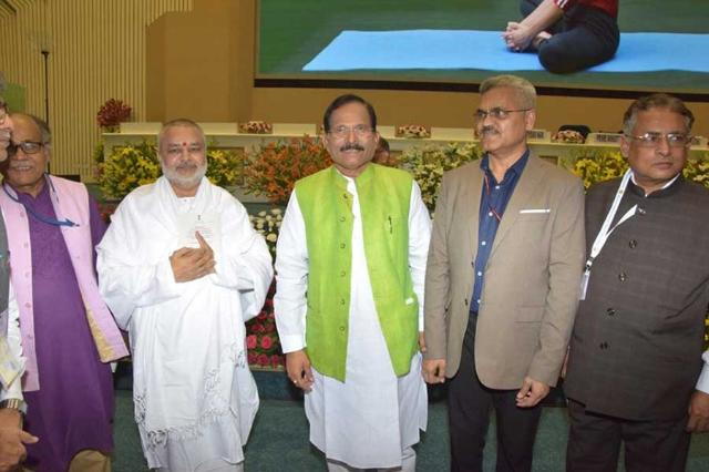 Brahmachari Girish Ji with Union Minister of Ayush Shri Shripad Naik Ji at Vigyan Bhawan Delhi with officials of Ayush Ministry, Government of India
